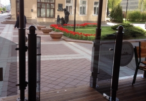 Террасовая доска для обустройства летнего кафе